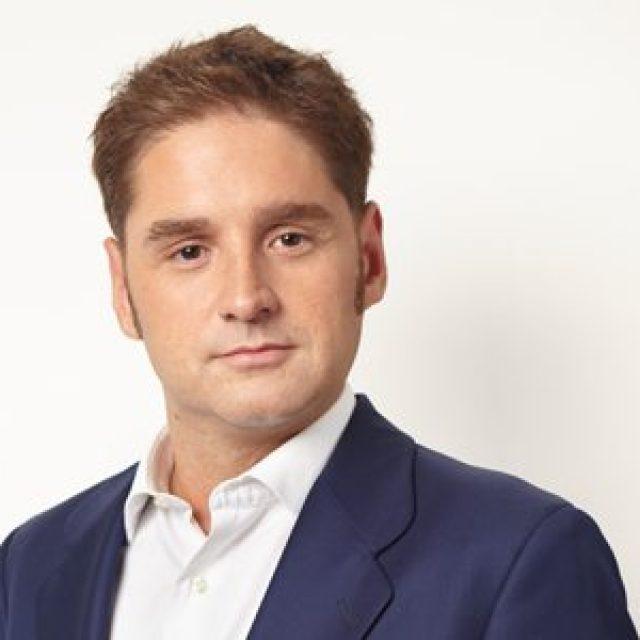 Luis Elzaurdia, Essilor España Marketing Director